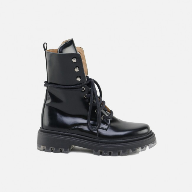 BLACK MILITARY-STYLE BOOT