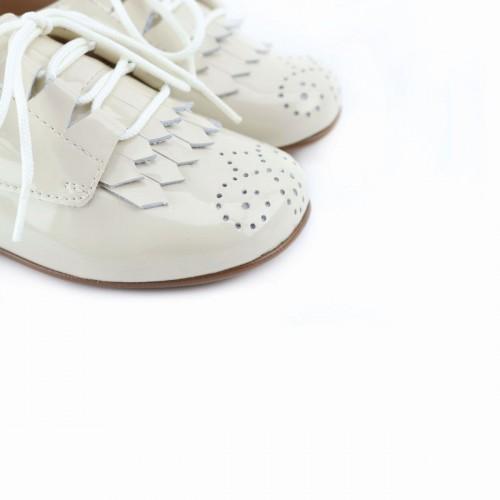 Zapato gales flecos