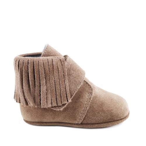 Newborn fringes boots