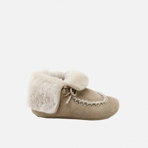 Shearling baby bootie