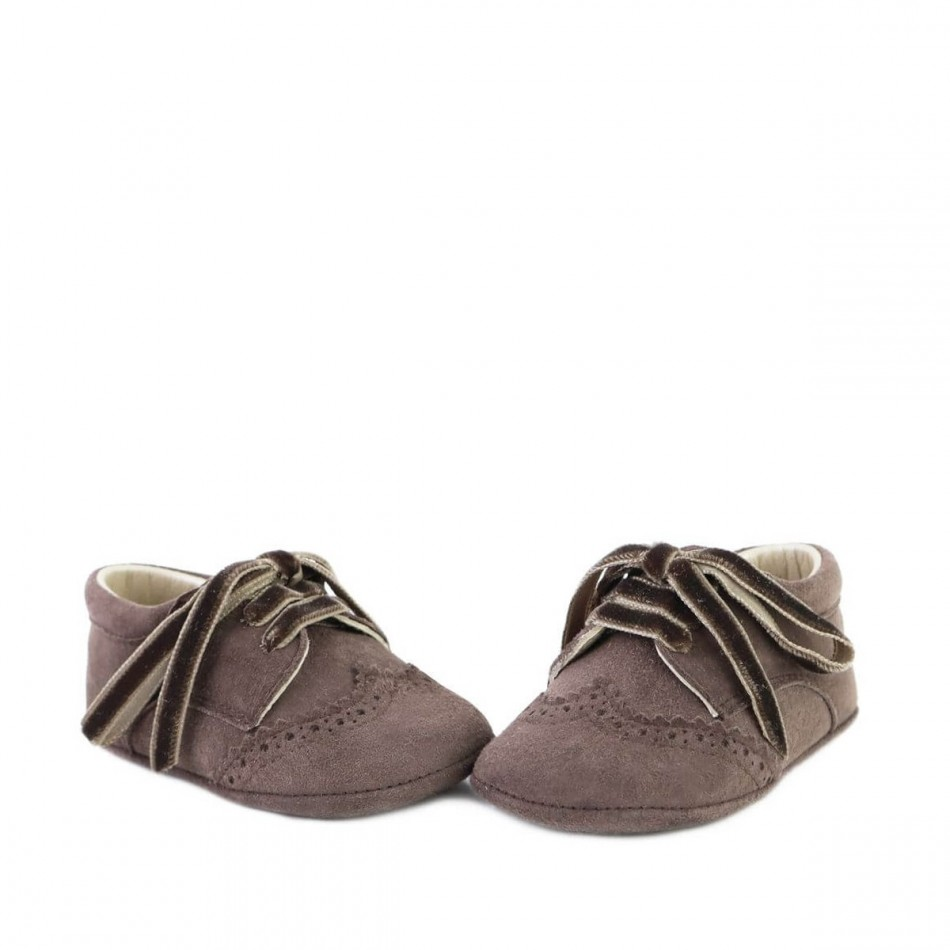 Zapato badana con picados 0487X