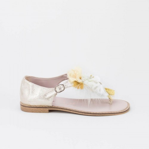 Sandalia flores y plumas 2362Y