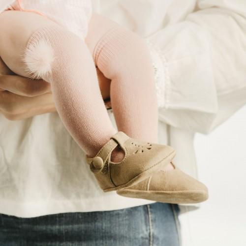 Zapatito perforado bebé 10004AA