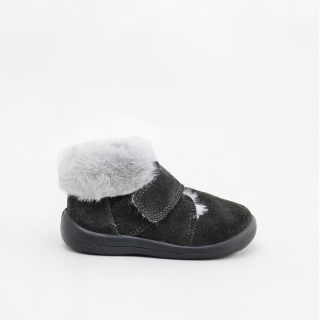 Toddler boot with velcro...