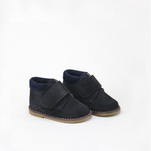 Velcro Sports Boot