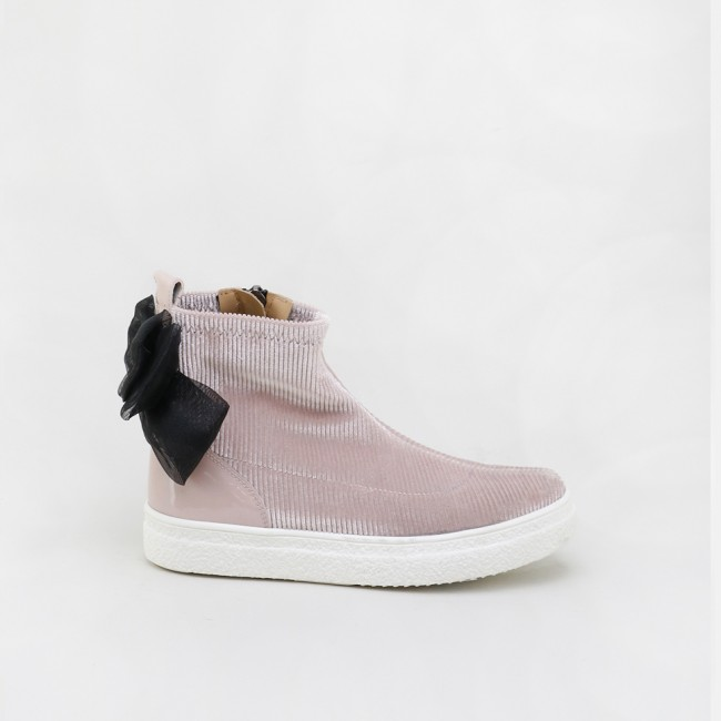 Bow boot