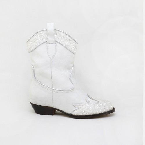 Ice cowboy boot