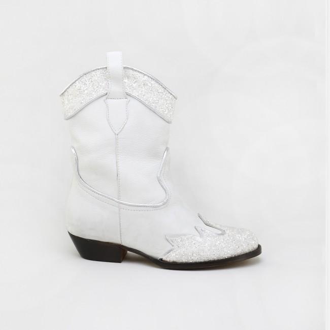 Ice cowboy boot