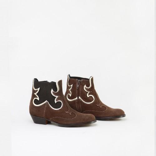 Cowboy booty