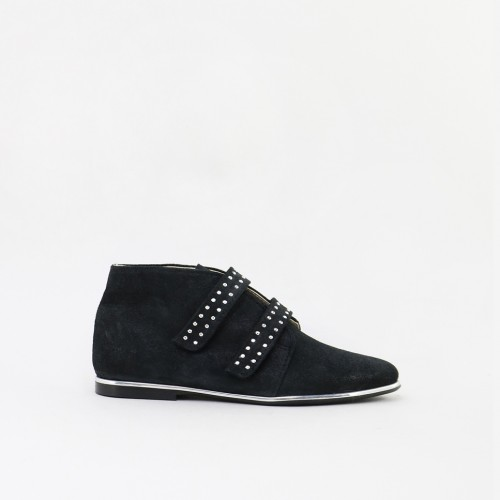 Studs Ankle-boot shoe