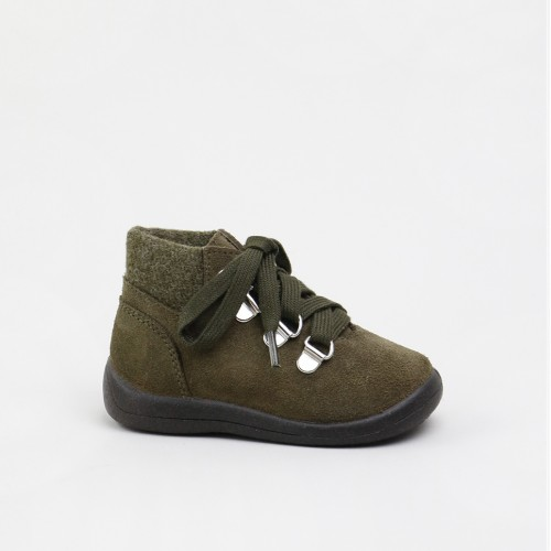 Laces toddler boot