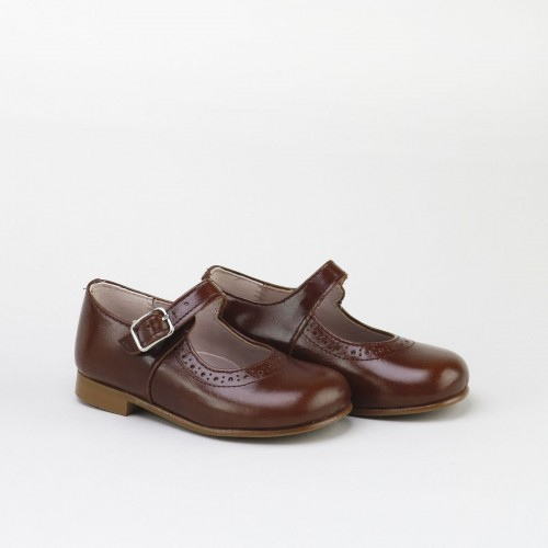 Brogued Classic Mary-Janes