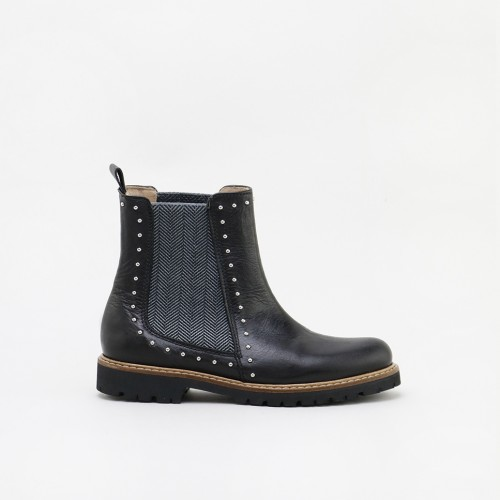 copy of Studs Chelsea boots
