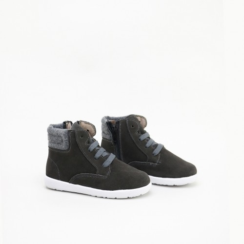 Boot with laces, white sole