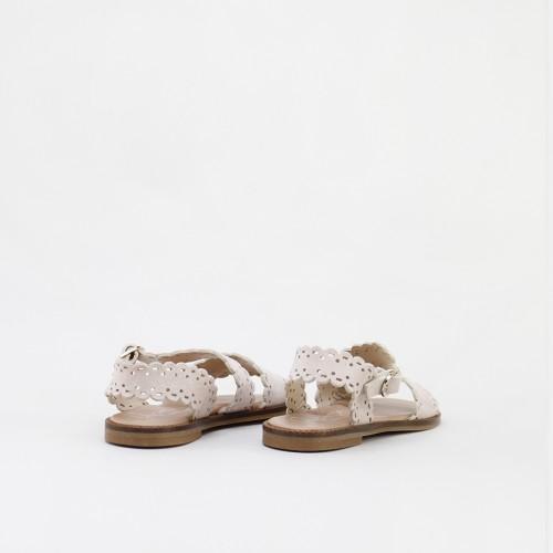Sandalias festoneadas en ante mouse