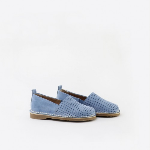 Pounched suede shoe
