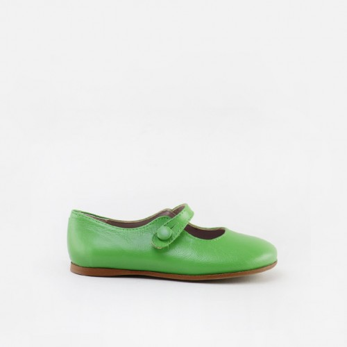 Classic button mary-janes