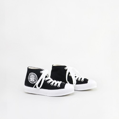 Urban 57 Black Canvas
