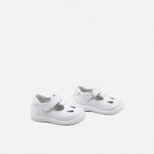 Cut-out washable T-strap Shoes