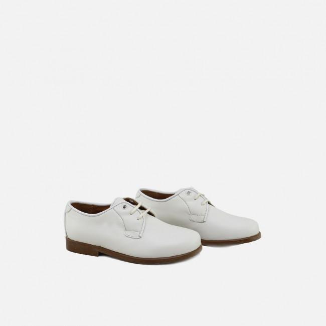 Classic derbie shoe