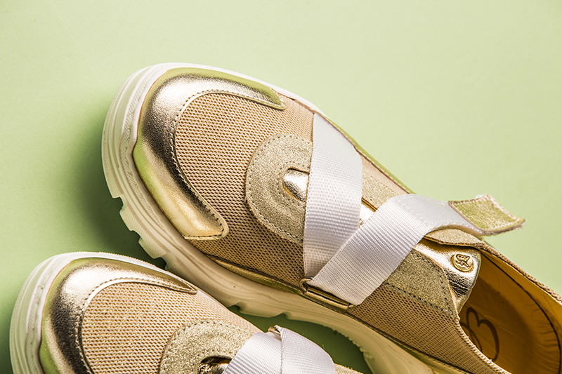 Wishlist: plaited and combined sports shoes by Sibaritas